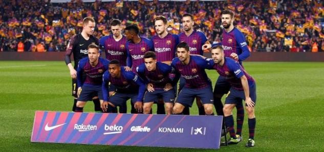 b76fc21e5ccdf Prvý semifinálový zápas Copa del Rey medzi Barcelonou a Realom Madrid,  ktorý sa odohral na Camp Nou, patril medzi tie divácky slabšie z posledných  rokov.